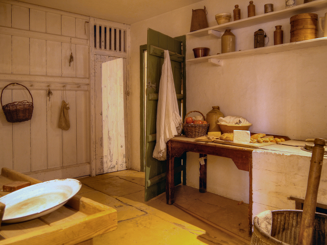 Oak Cottage Kitchen ca 1840