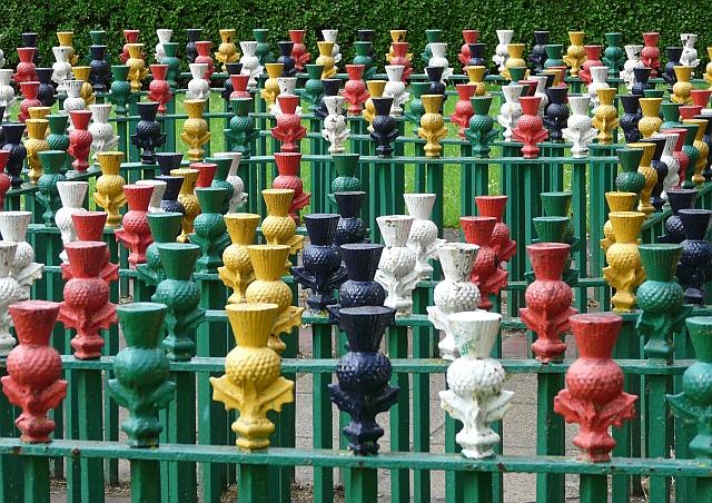Thistle maze, Dock Park