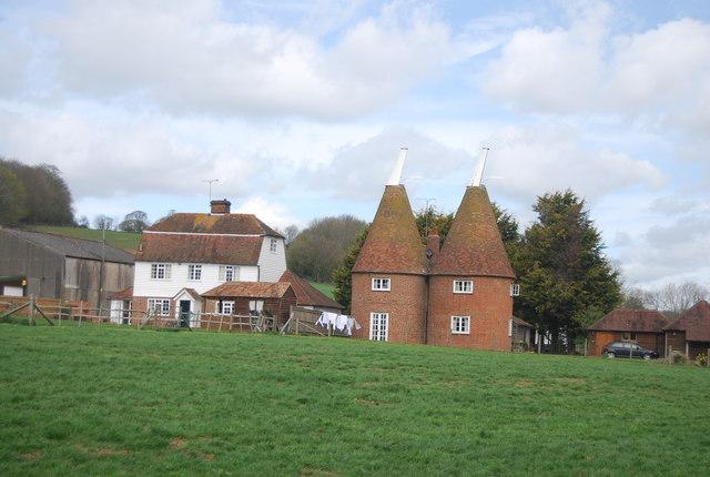 Herons Oast and Dumbourne Farmhouse