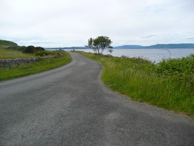 The A896 at Tomont End