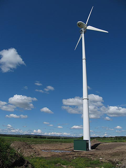 Wind Turbine at Muirhouse near Forth