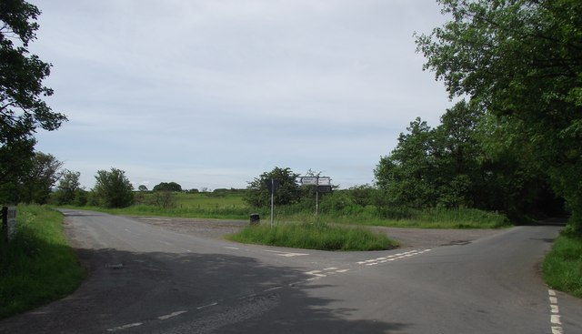 Crossroads north of Paythorne