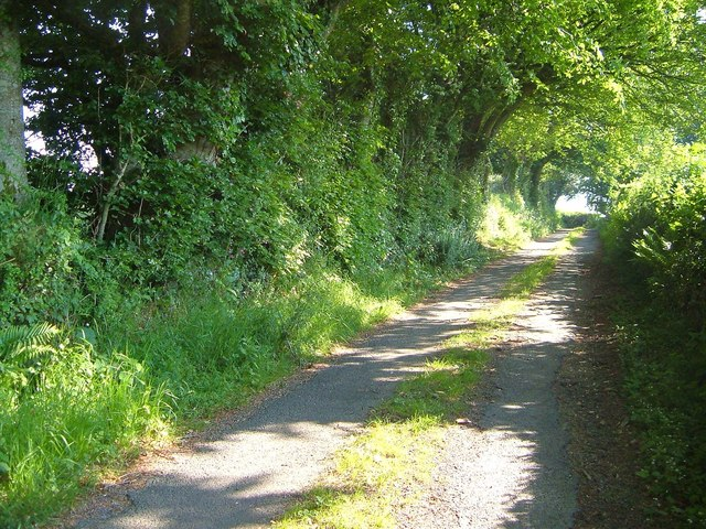Lane to White Gates Cross