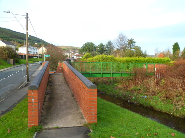 Ramp to a footbridge across the River Llynfi, Nantyffyllon