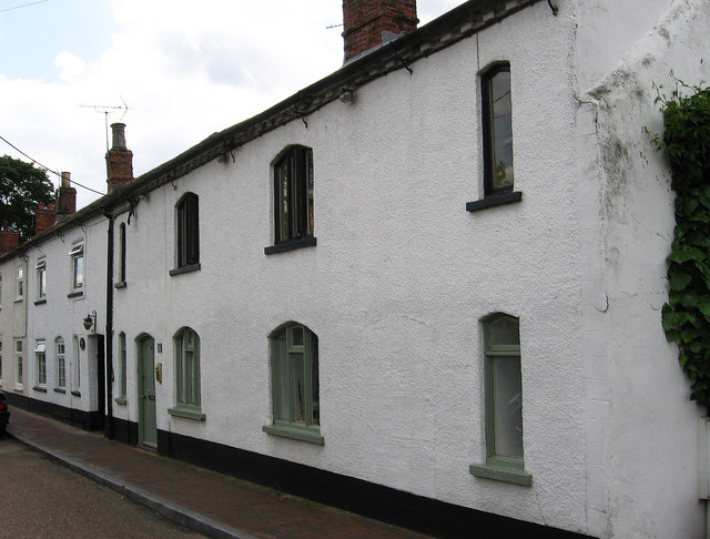 Ruskington - cottages on High Street South