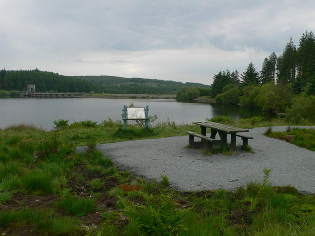 Picnic spot and illustrated panel by the Alwen Reservoir