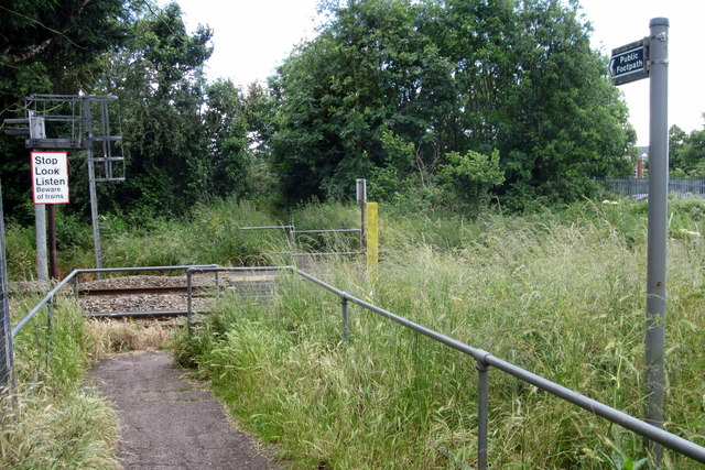 Footpath across the railway line