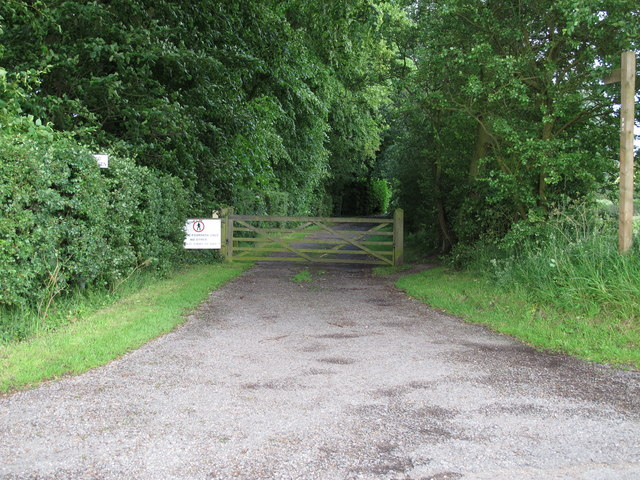 Footpath to Beeleigh Abbey