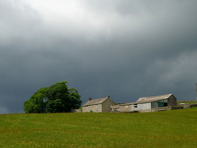 Rain approaching Blind Beck