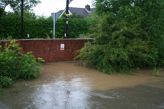 Poulton Drain tunnel, Austen Fen, 2007 Floods