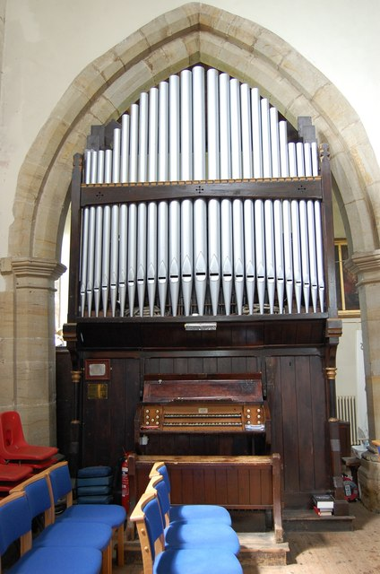 Organ, Ss Mary & Nicholas church, Etchingham