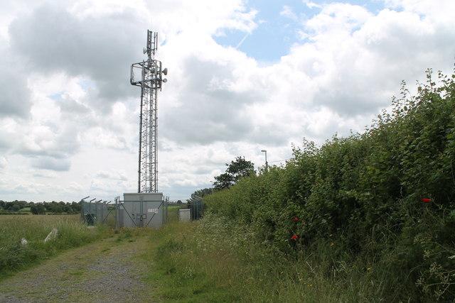 Communications Mast off Sheepwash Lane