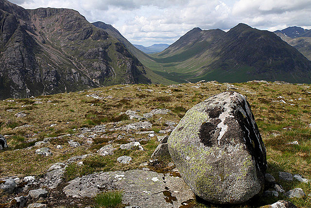 The summit area of Stob Beinn a� Chrulaiste