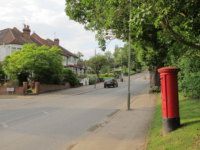 Hammers Lane / Shakespeare Road, NW7