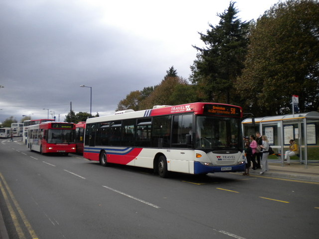 Buses on Station Approach