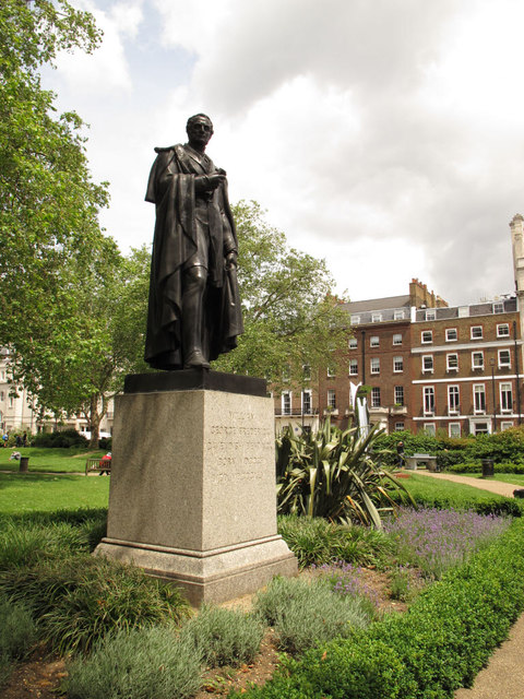 Statue of William Bentinck
