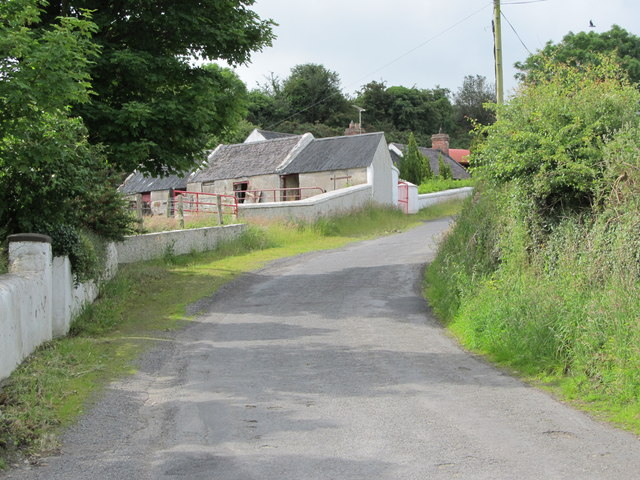 Traditional farm buildings on the Kilnasaggart Road