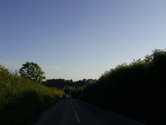 Tori-gwddwg Hill, near Sunny Hill