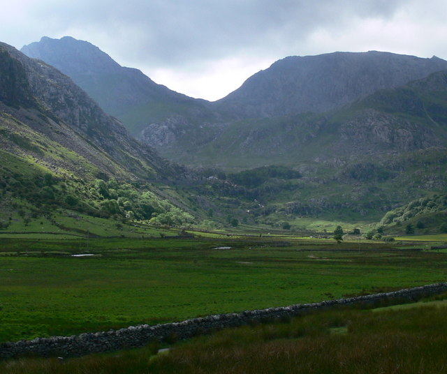View south along the Nant Ffrancon