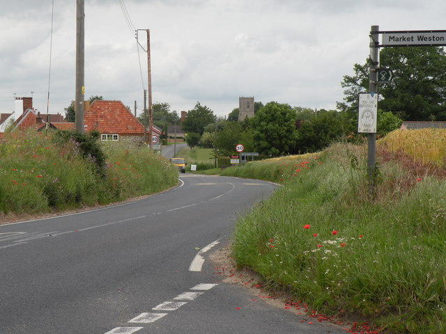 The B1111, heading towards Hopton village