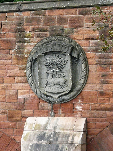 Maxwelltown coat of arms, plaque on St. Michael's Bridge