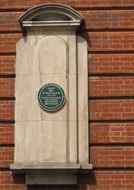Green plaque № 6408 - Home of BBC School Radio 1952 - 1993. Pioneer of education for children through radio broadcasting.