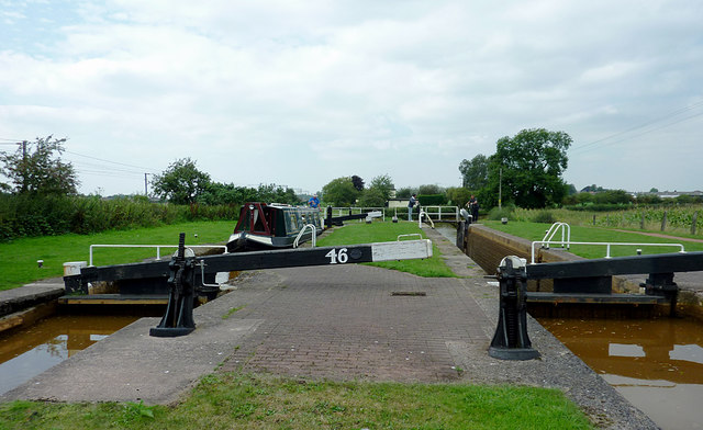 Paired Locks No 46 near Church Lawton, Cheshire