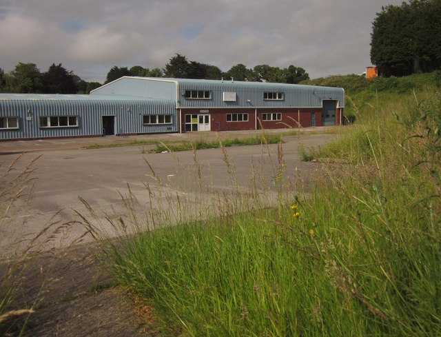 Empty premises, Old Woods Trading Estate