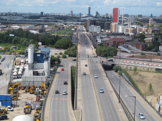 Silvertown Way