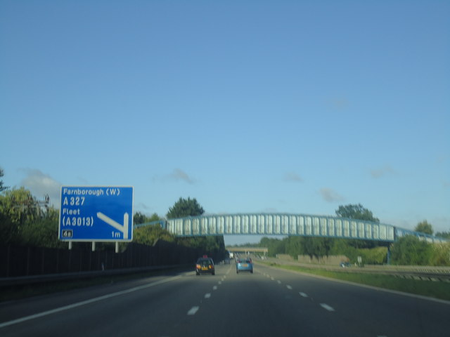 M3 approaching junction 4a
