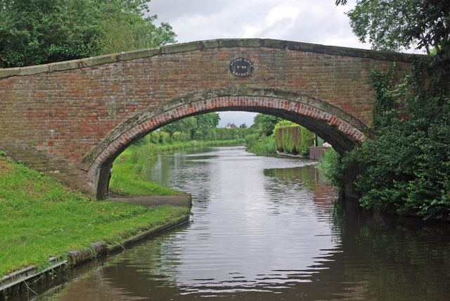Acton Moat Bridge, Staffs & Worcs Canal