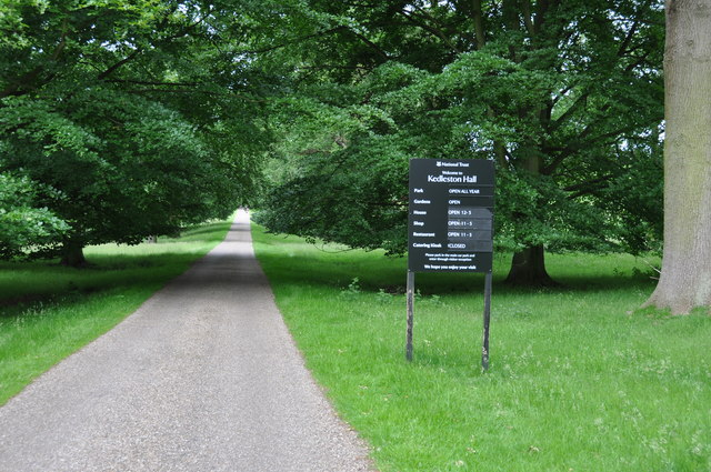 Driveway and information board at Kedleston Hall