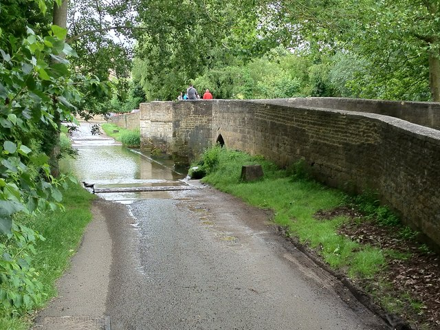 Geddington Ford