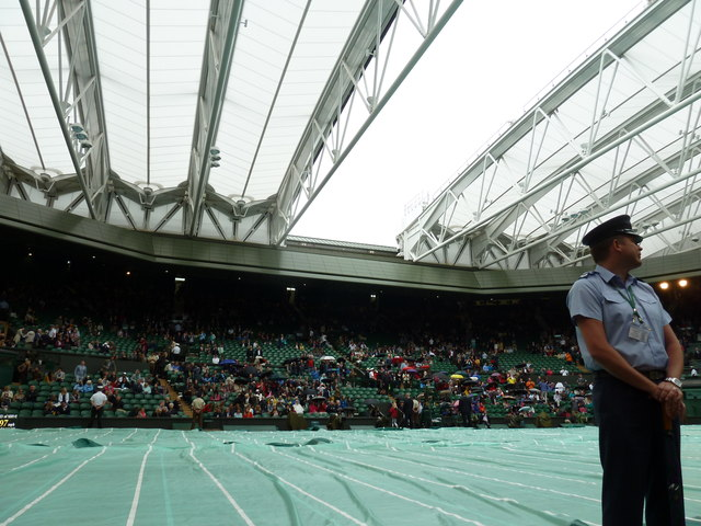 The roof closing on Centre Court