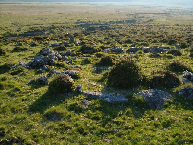 Hut circle, Small Brook