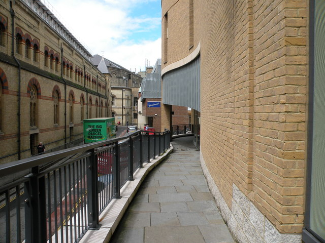 Corn Exchange Street walkway