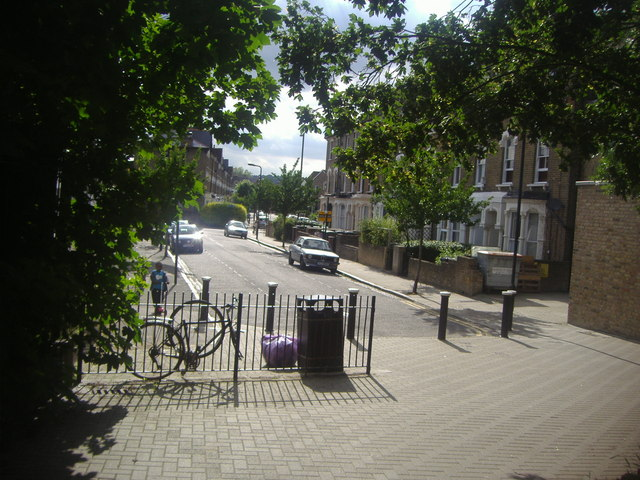 Oxford Road, Finsbury Park