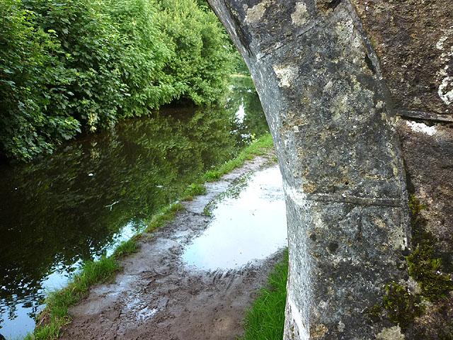Bench mark on Sander's Bridge, Lancaster Canal
