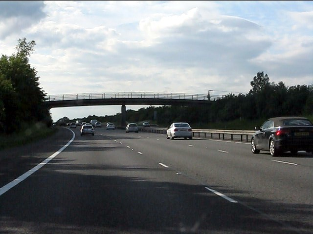 M40 motorway - Kingston Grange footbridge