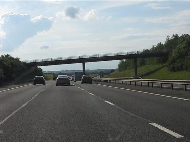 Minor road overbridge, M40 motorway