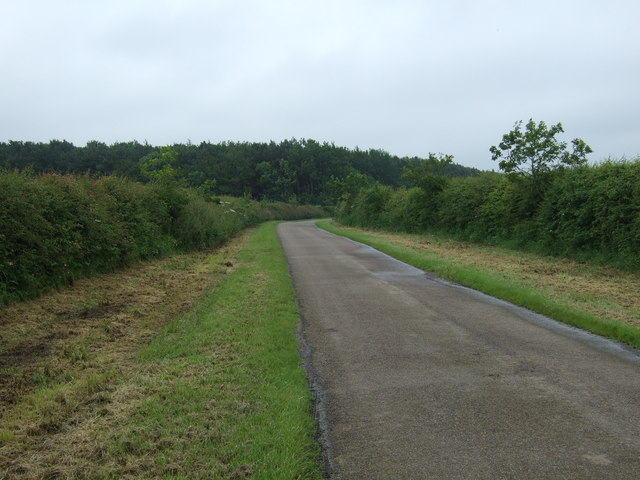 Road heading south towards Lowick Mill