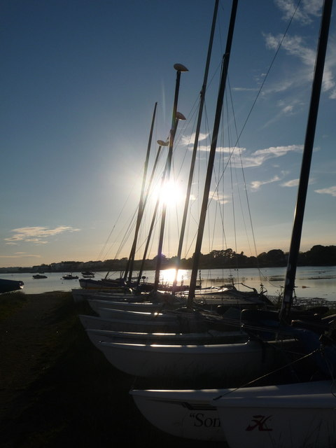 Mudeford: a line of yachts