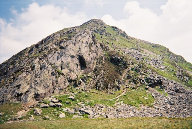 Final approach to Cnicht summit