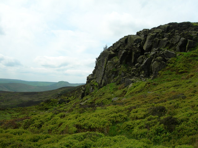 Rocky outcrop, south side of Crookstone Knoll