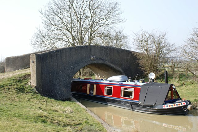 Bridge 124 on the Oxford Canal