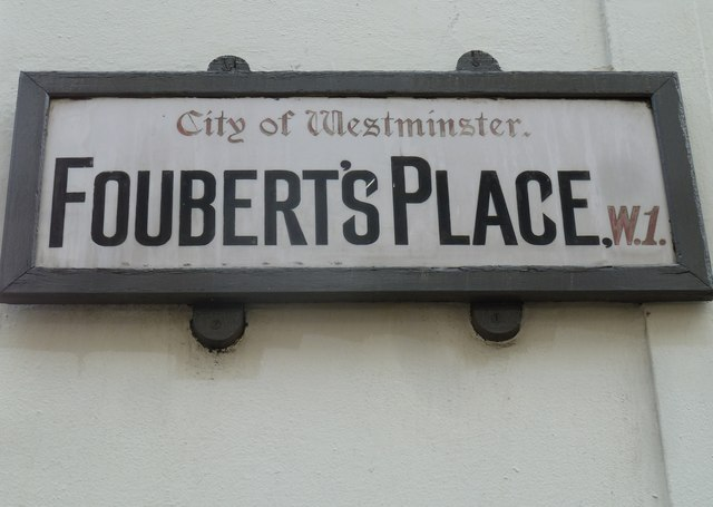 Older style road name sign in the West End