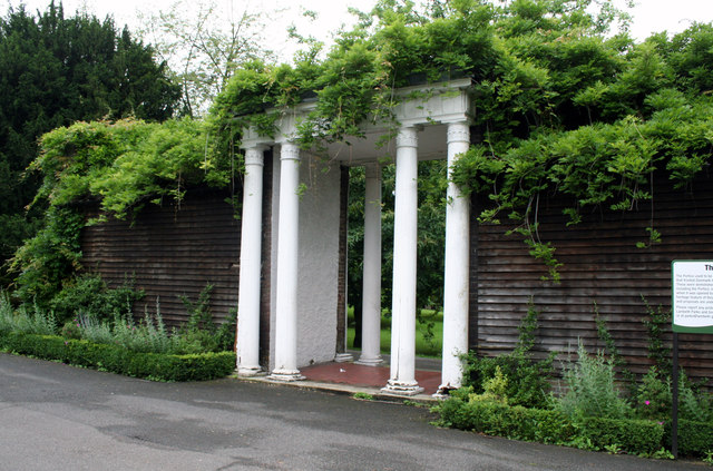 Ruskin Park:  The Portico