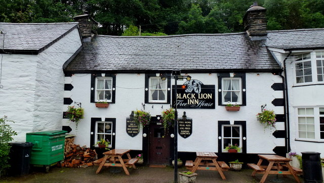The Black Lion, Derwenlas