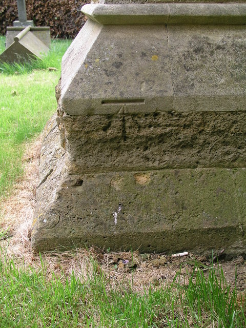 Cut Mark: Binbrook, St Mary's Church
