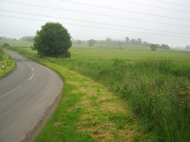Bend in the road south of Laxton